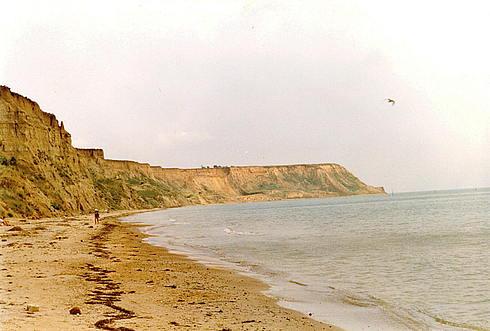 Пляжи Таманского полуострова. Около посёлка Волна. Мыс Железный Рог