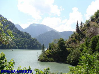 экскурсии на озеро рица из гагры