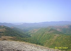 Горы Маркотхского хребта Кавказа.