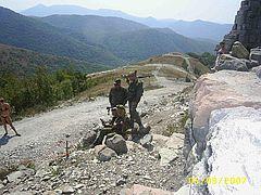 Прокат оружия и амуниции с последующим фото. В горах Маркотхского хребта.