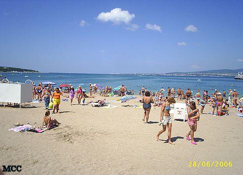 На центральном пляже Геленджика